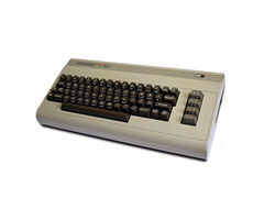 4table-Commodore 64.jpg